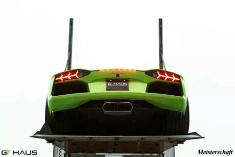 超级猛禽,震撼登场!Meisterschaft for the Lamborghini Aventador! 最近发布的国外Meisterschaft案例会有点辣眼睛,各位看官们准备好,一场视觉盛宴即将来袭美国冠军,国外超跑最爱的排气,尽情享受震撼人心的澎湃声浪