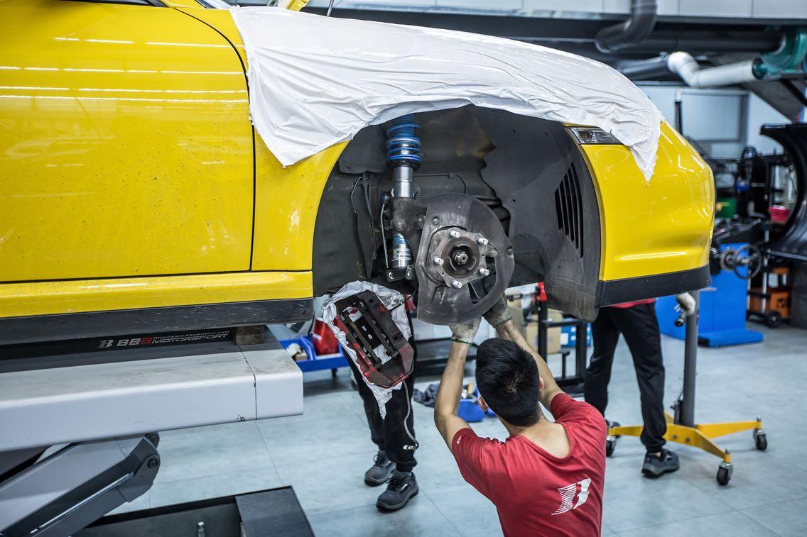 Porsche 997.2 Turbo S德国Bilstein B16电调避震安装