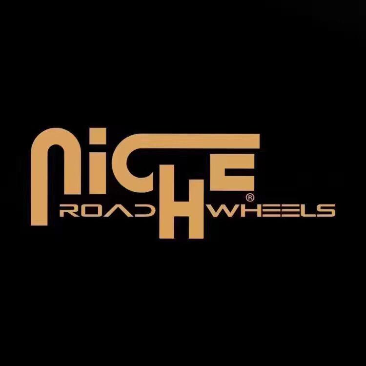 切诺基换装黑脚Niche Wheels Misano-M117