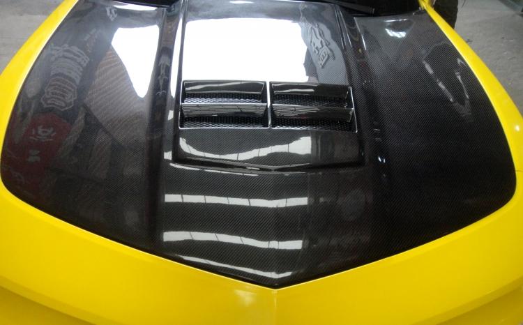 雪佛兰科迈罗碳纤机盖