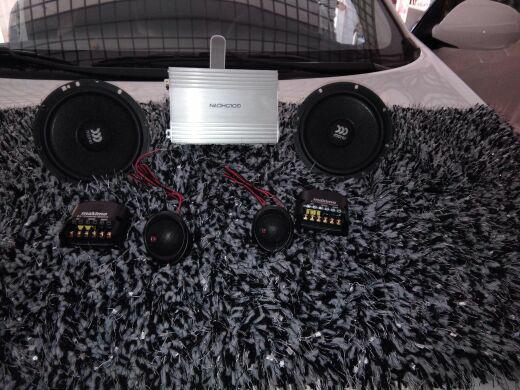 德州汽车音响改装,新智跑音响改装以色列魔雷,歌航DSD云主机!大能隔音!