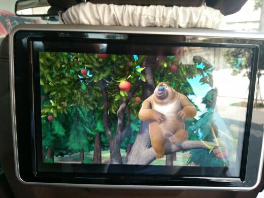 宝马5系升级原厂10.2寸NBT大屏导航,后排安卓娱乐系统!