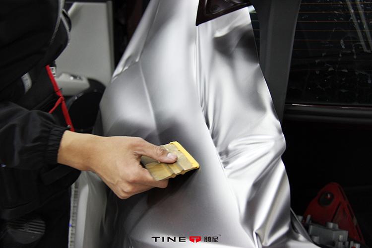 奔驰 W204 C200改色电光金属钛灰