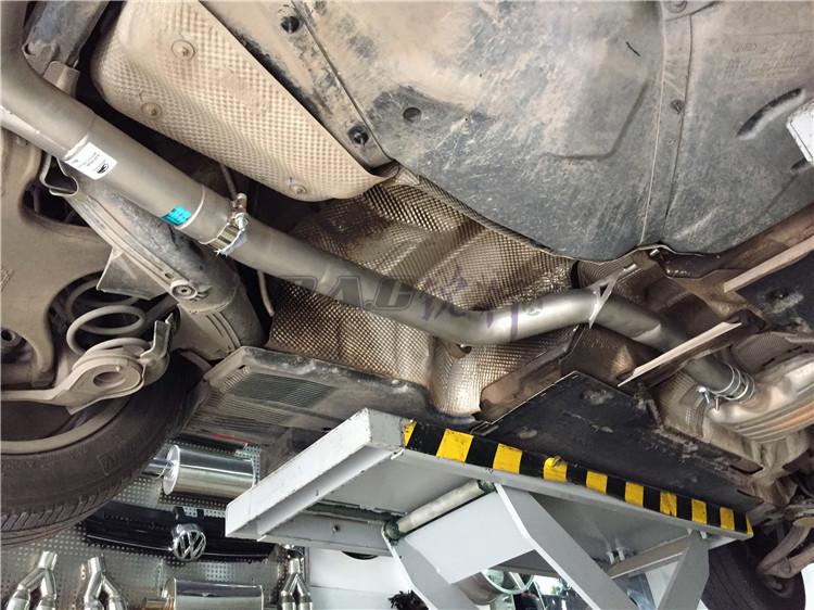 奥迪A4L改装雷鸟中尾段四出排气碳纤后唇