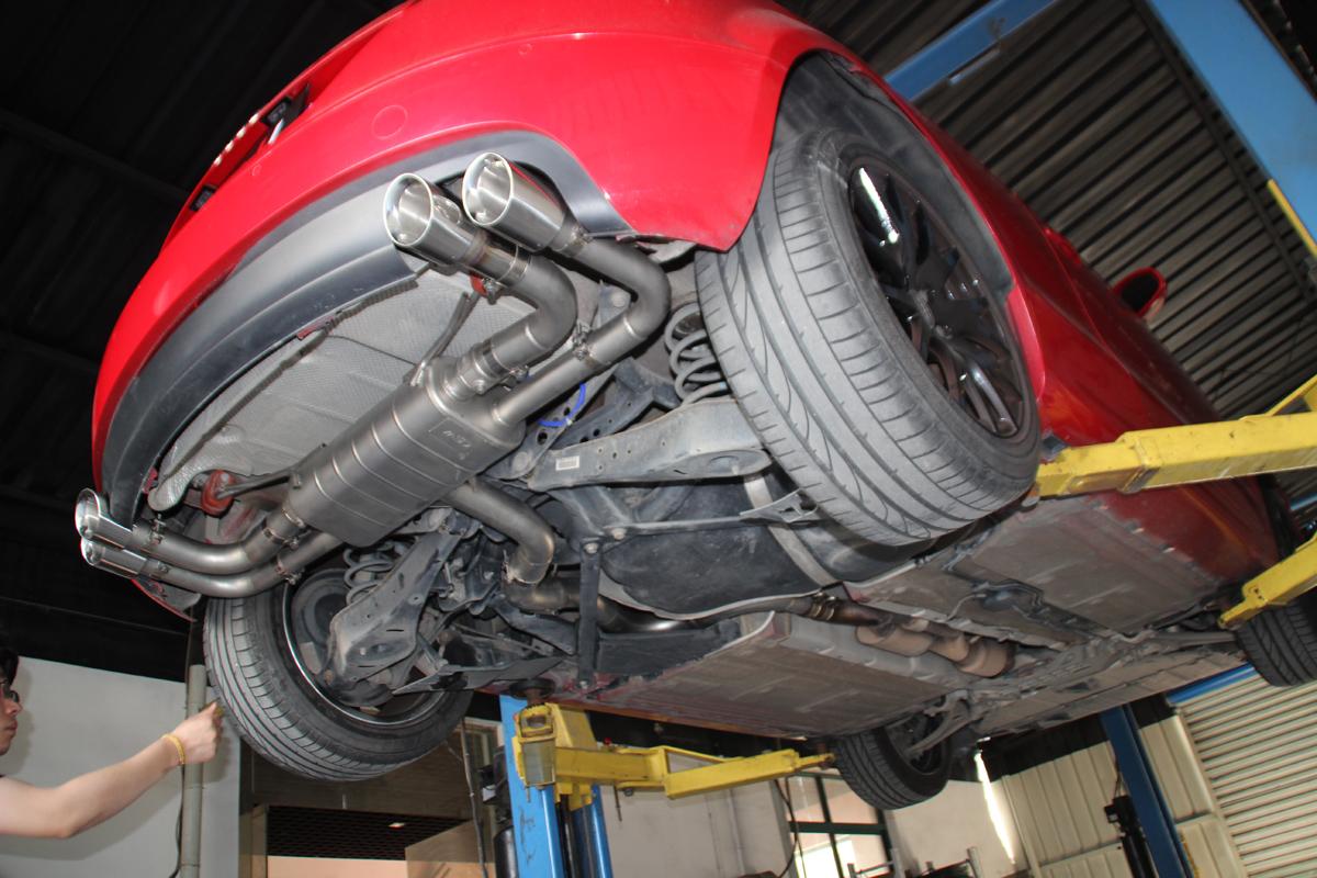 奥迪TT改中尾段带遥控阀门排气管