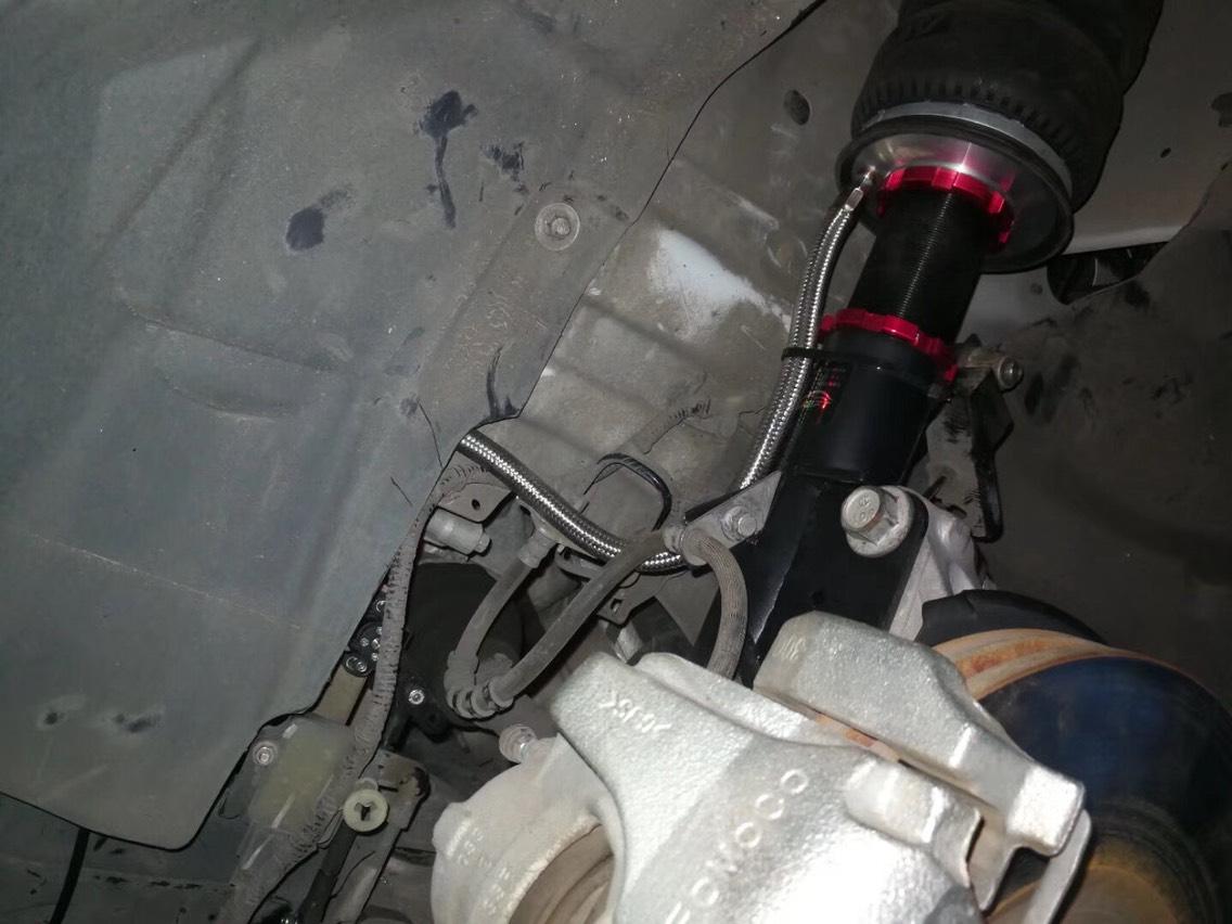 新蒙迪欧安装ACCUAIR气动避震高度尺安装位