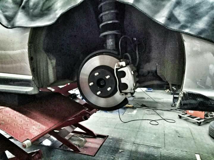 BRZ升级AP9040卡钳搭配355-32划线盘305FF01轻量化轮毂漂亮