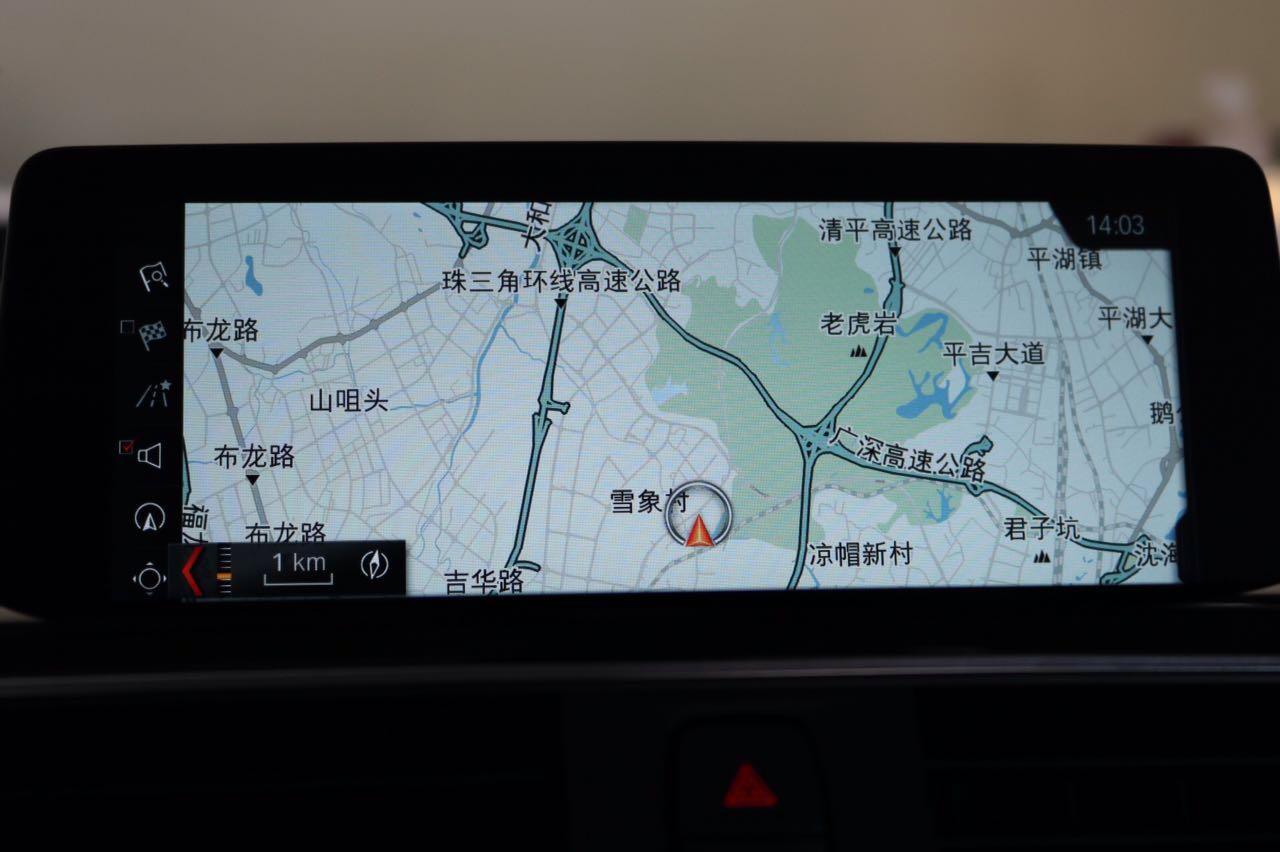 昆明宝马3系升级EVO,ID6界面。