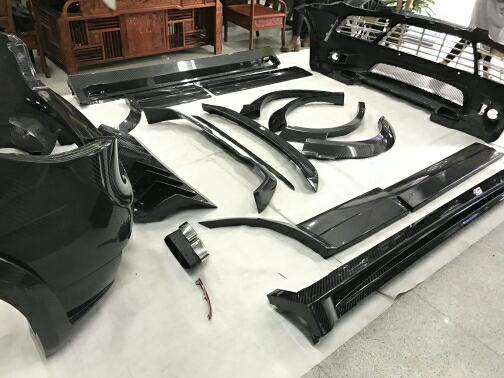 保时捷958卡宴改装MANSORY全碳纤维包围