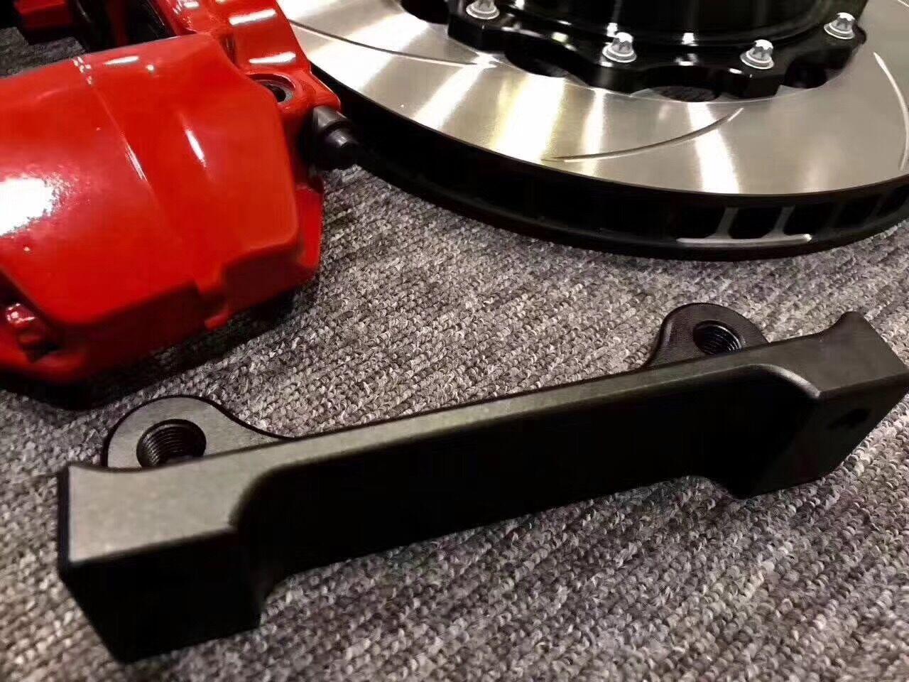 大众高尔夫Gti改装AP9200大四活塞刹车卡钳