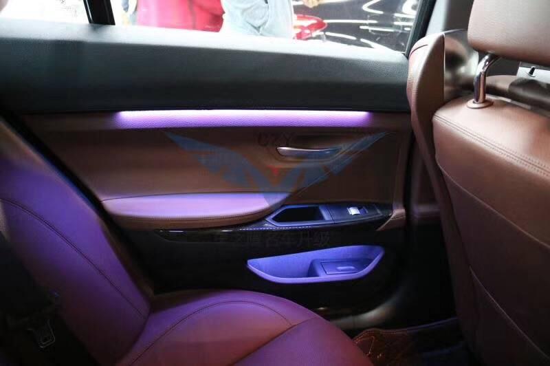昆明宝马新款6系安装8色氛围灯实拍案例