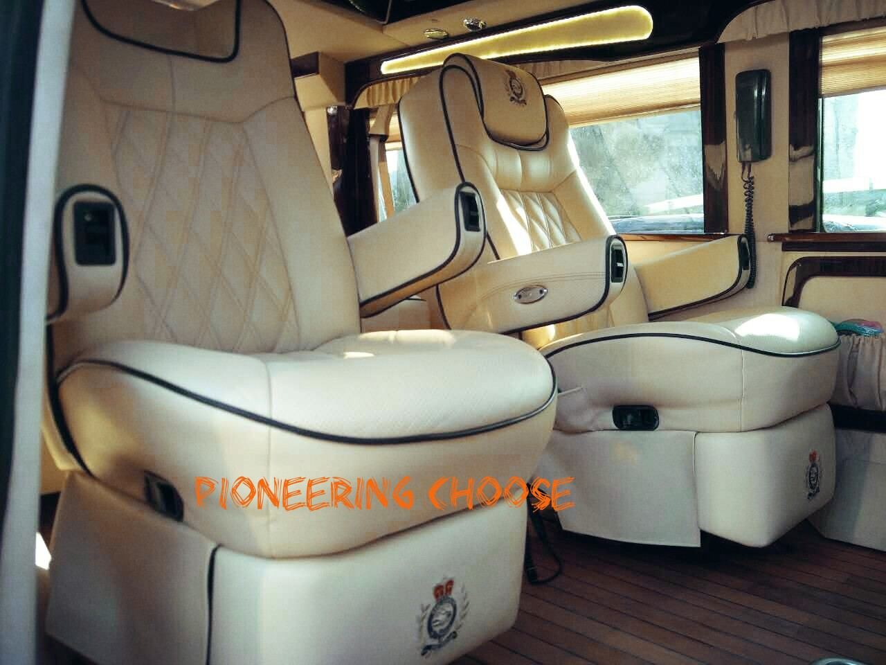 福特游艇-E350