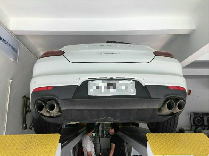 保时捷panamera 改装repose四出中尾段阀门排气