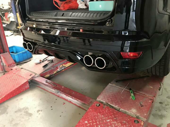 路虎揽胜运动版 3.0T  改装  Repose中尾段四出阀门排气 无损安装,阀门关闭,商务家用。 阀门打开,运动模式炸街,随意切换!