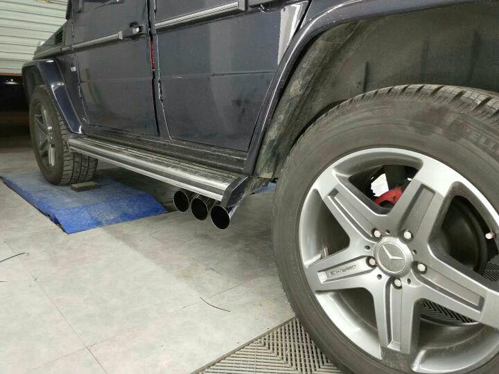 奔驰G500  改装  Repose中尾段六出阀门排气 阀门关闭,静如原厂。 阀门打开,声浪震撼!