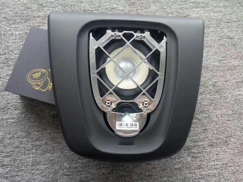 昆明新款宝马X4升级升降喇叭,逼格大大