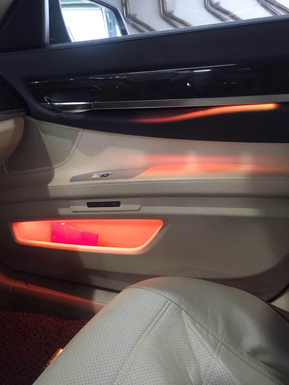 昆明奥迪A6升级8色氛围灯