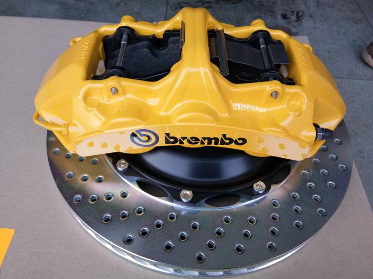 斯巴鲁BRZ改装案例 升级brembo GT系列刹车