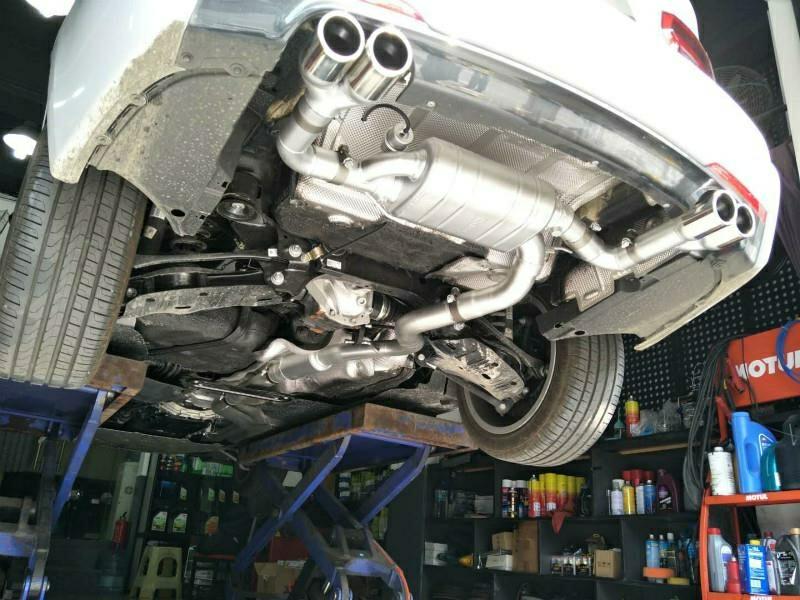 新款宝马320i  改装repose四出中尾段阀门排气,完美装车