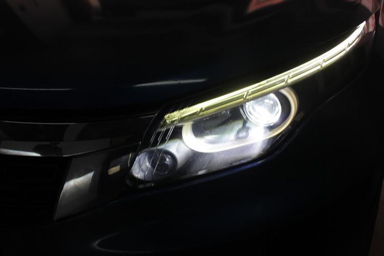 观致5车灯改装海拉5双光透镜氙气灯