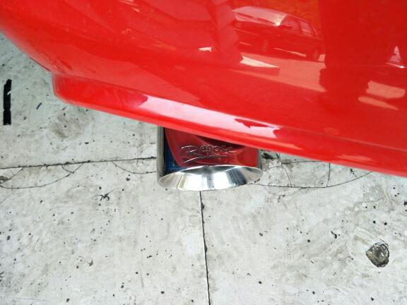 福特野马2.3T  改装  Repose中尾段双边单出电子阀门排气 无损安装,阀门关闭,静如原厂。 阀门打开,释放激情怒吼的野马声浪……