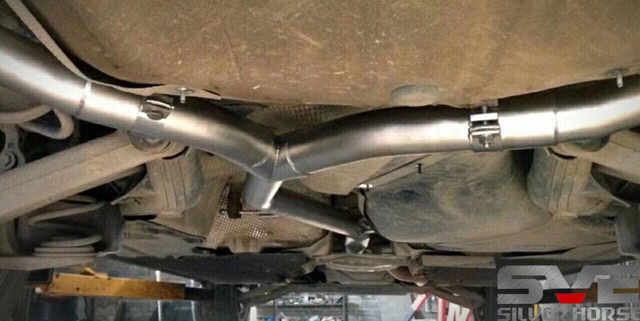 奥迪A4l改装SVE中尾段四出阀门排气
