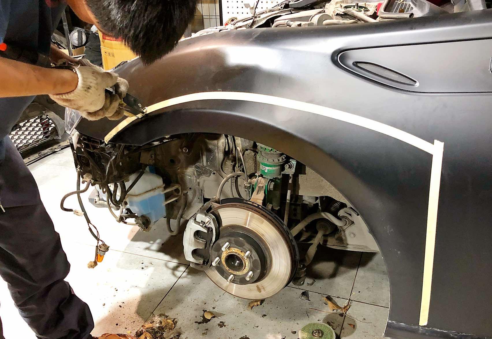 丰田86改装火箭兔一代宽体套件!
