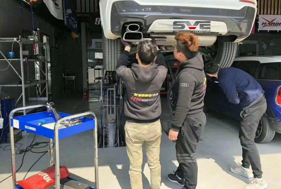 宝马X4 20i升级SVE尾段方口双出排气