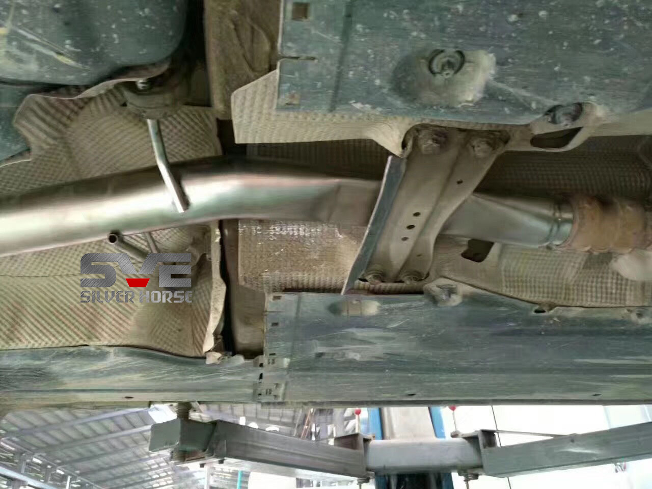奥迪A4L改装中尾段可变遥控阀门排气