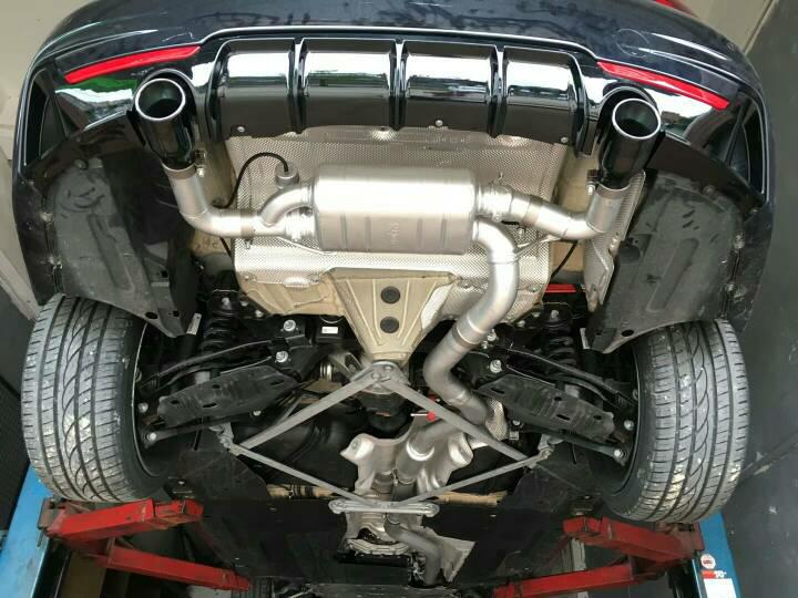 宝马425  客户真爱 Repose中尾段阀门排气声浪   新车未上牌,先浪再说 无损安装,声浪效果依旧完美……