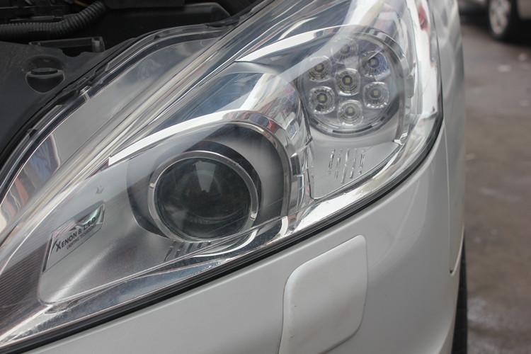 标致508车灯改装升级海拉5双光透镜