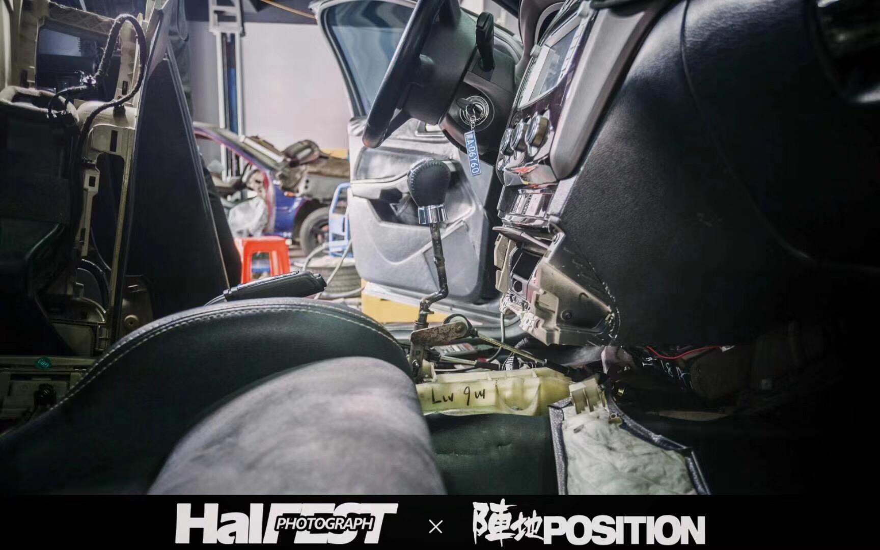 福克斯移植马自达2.5发动机+手动变速箱