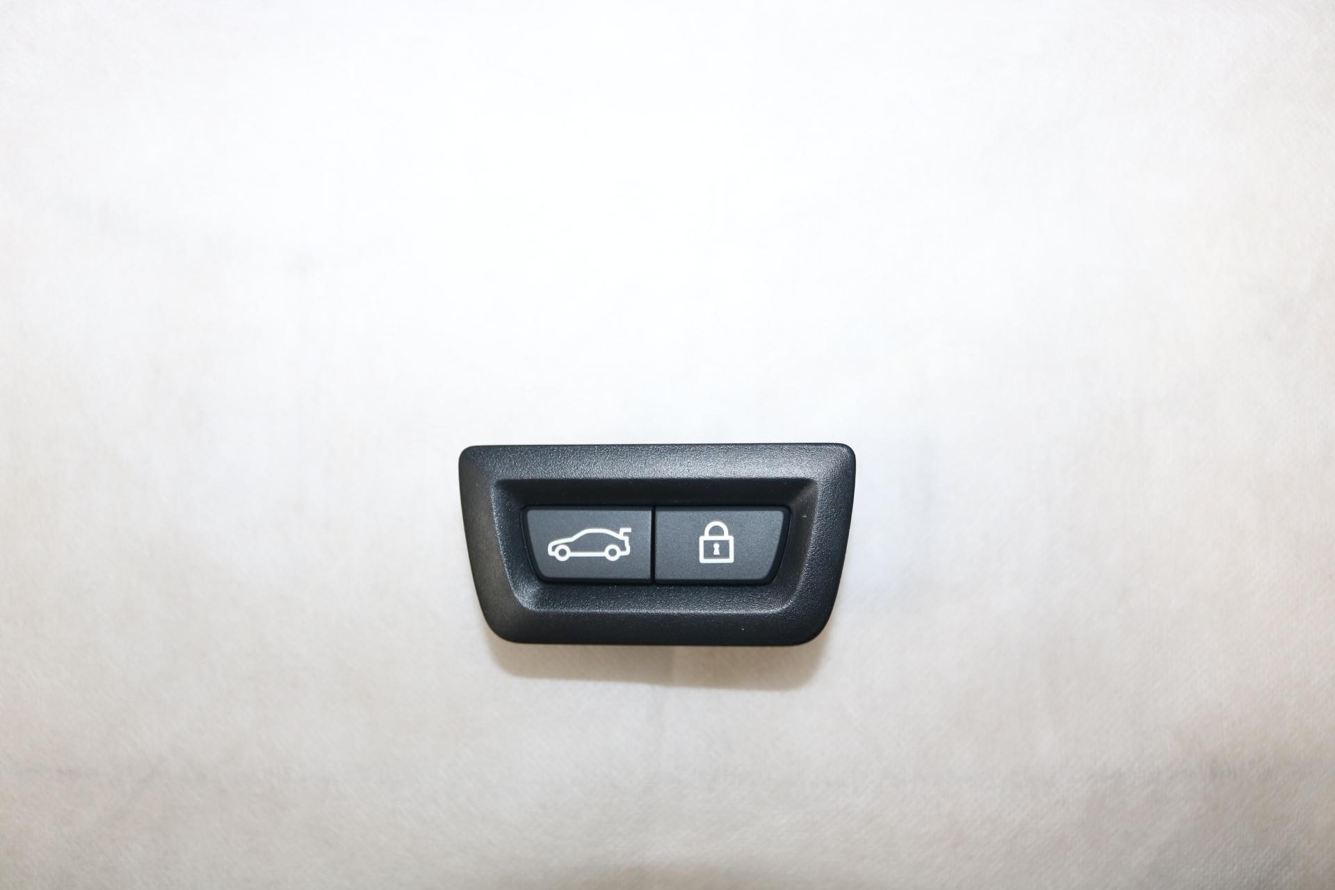 宝马520GT加装原厂电动尾门