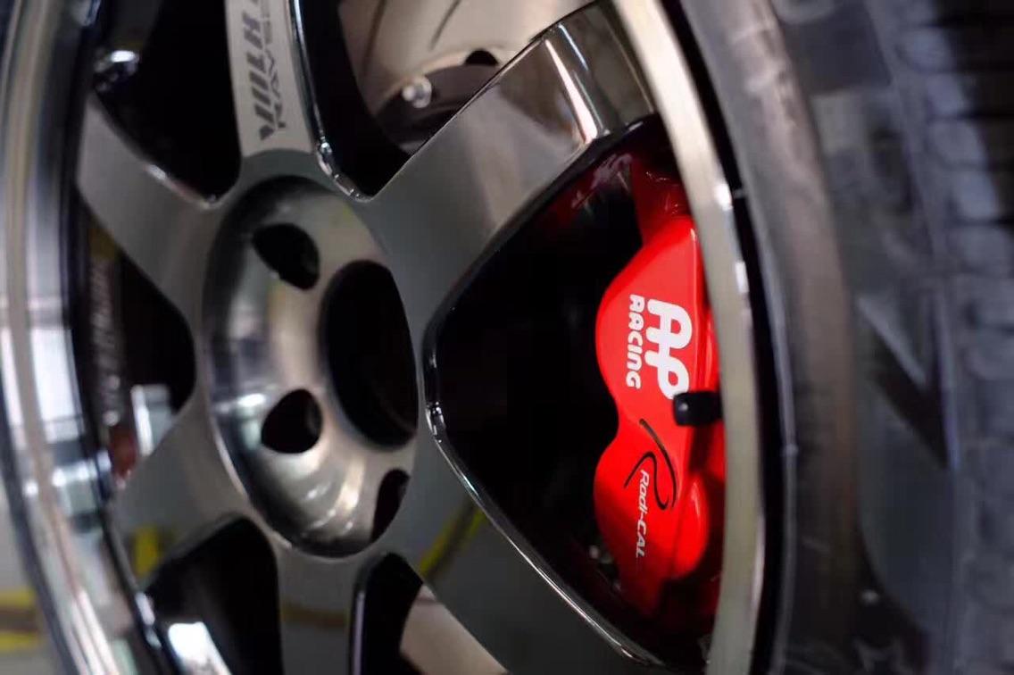 英国AP刹车代理宝马3系升级ap85系列