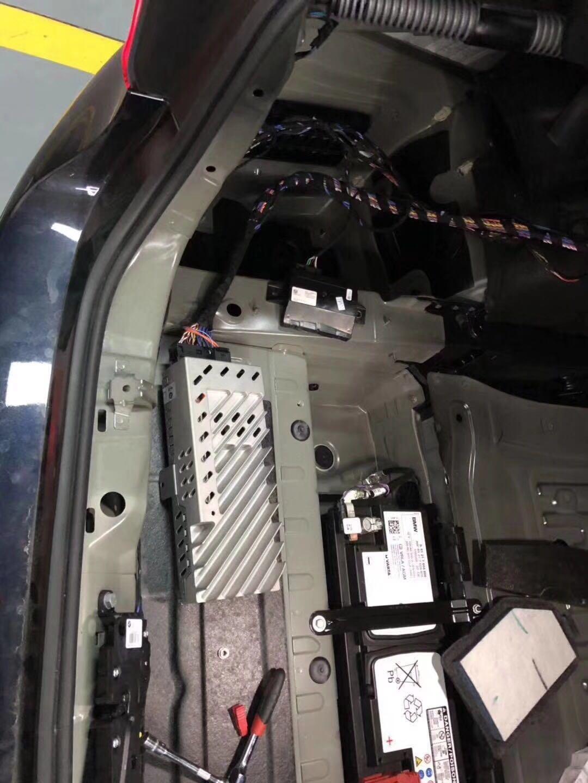 宝马新款5系原厂哈曼卡顿音响改装