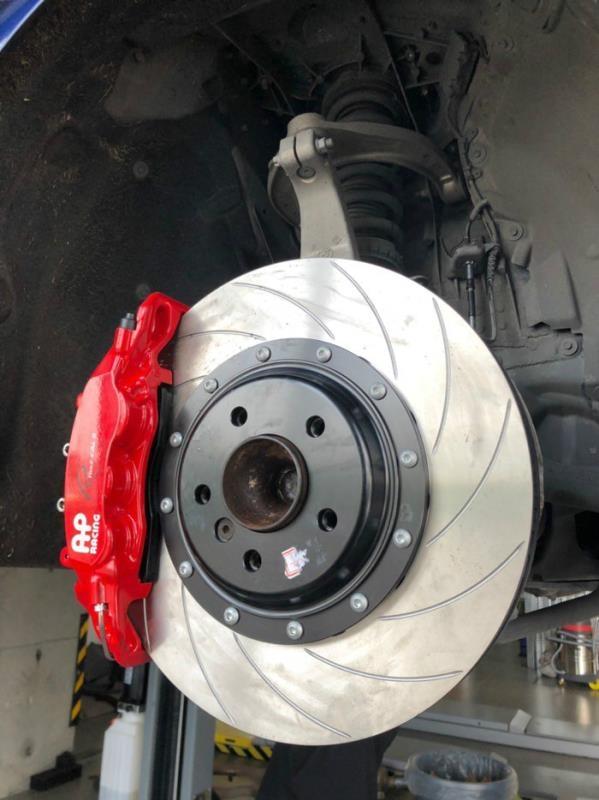 宝马640 敞篷 改装Repose四出阀门排气+AP9560 大六活塞 38036划线碟➕定制锻造M6轮毂