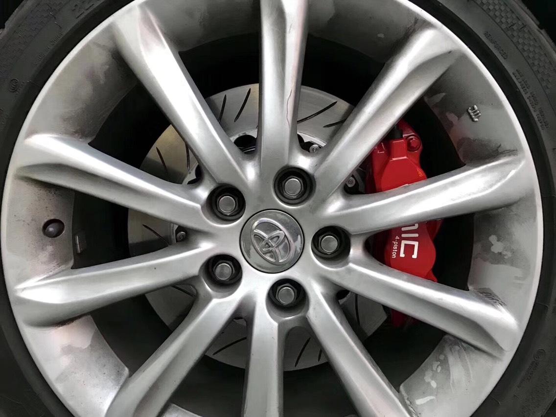 锐志刹车改装案例