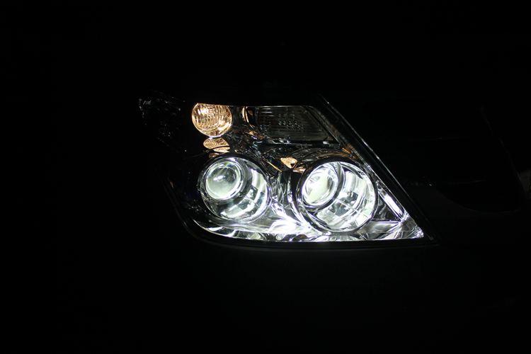 日产途乐车灯改装升级四个海拉5透镜