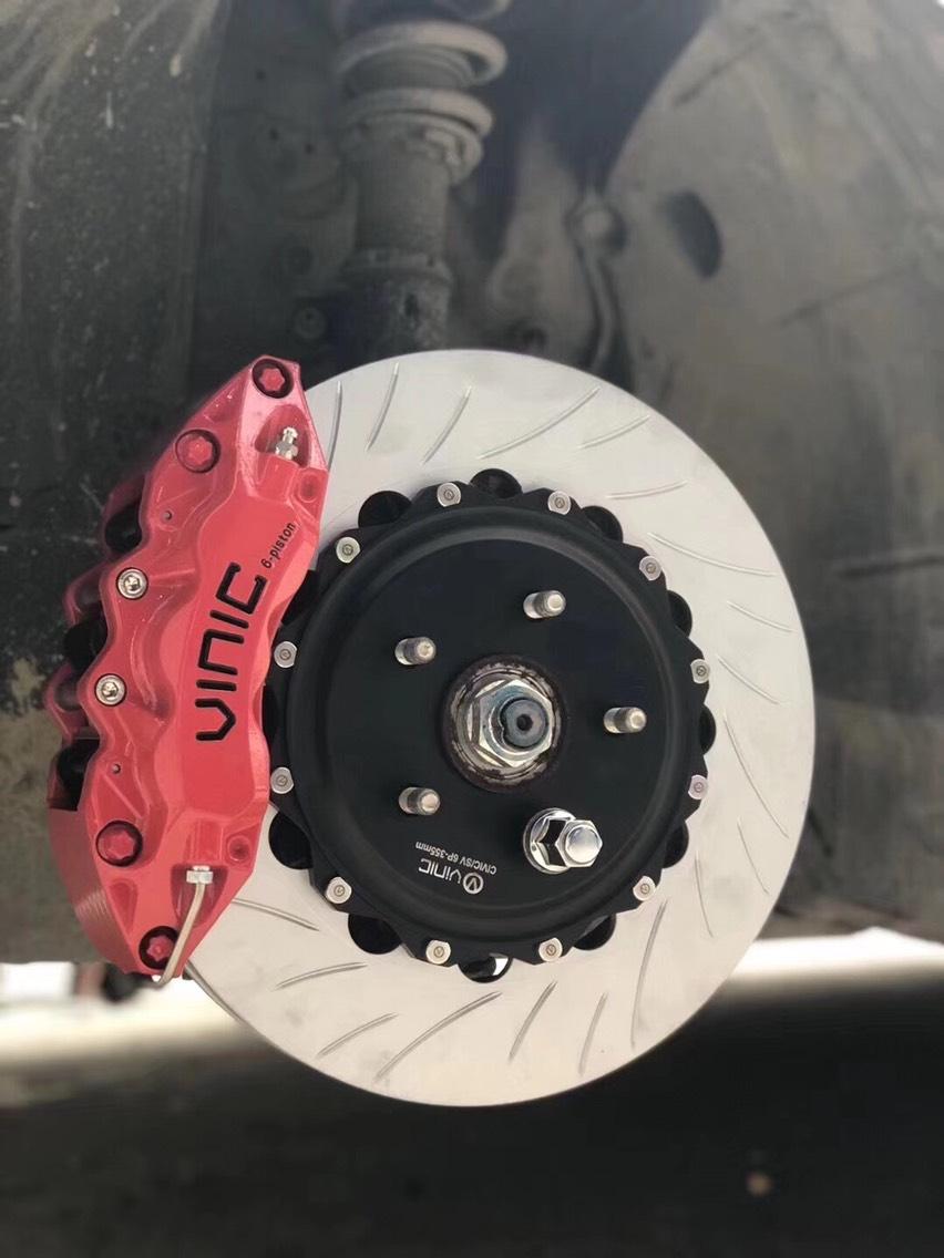 本田思域 18寸轮毂搭配VINIC 6P