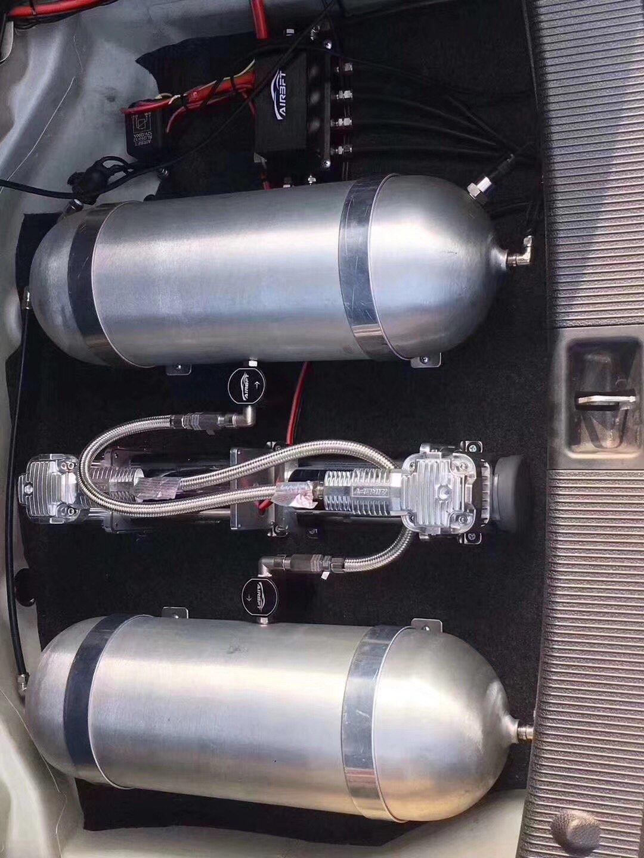 08年奔驰C180. W204 AIRBFT气动避震案例