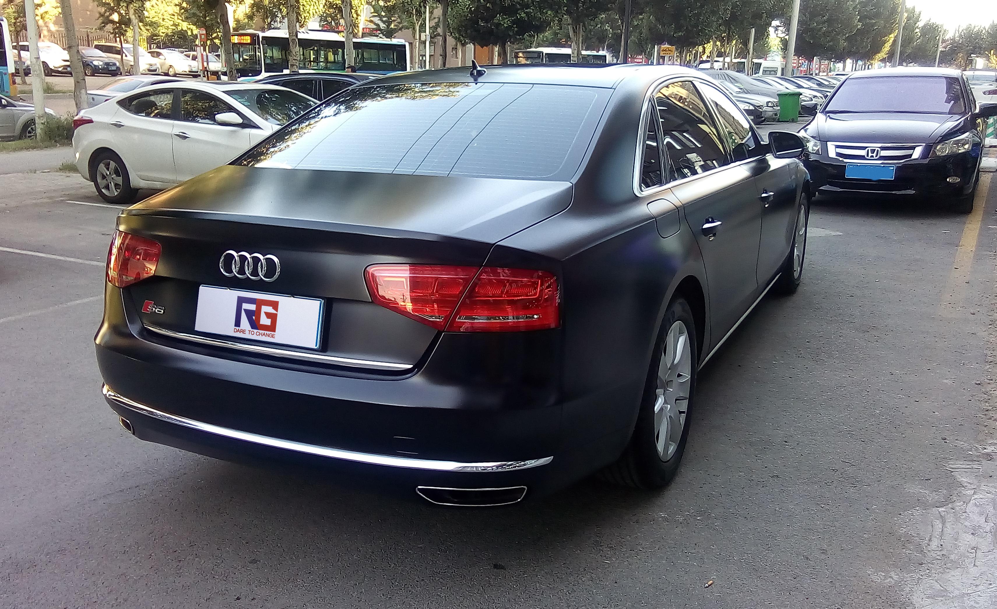 奥迪A8车身改色陶瓷黑案例