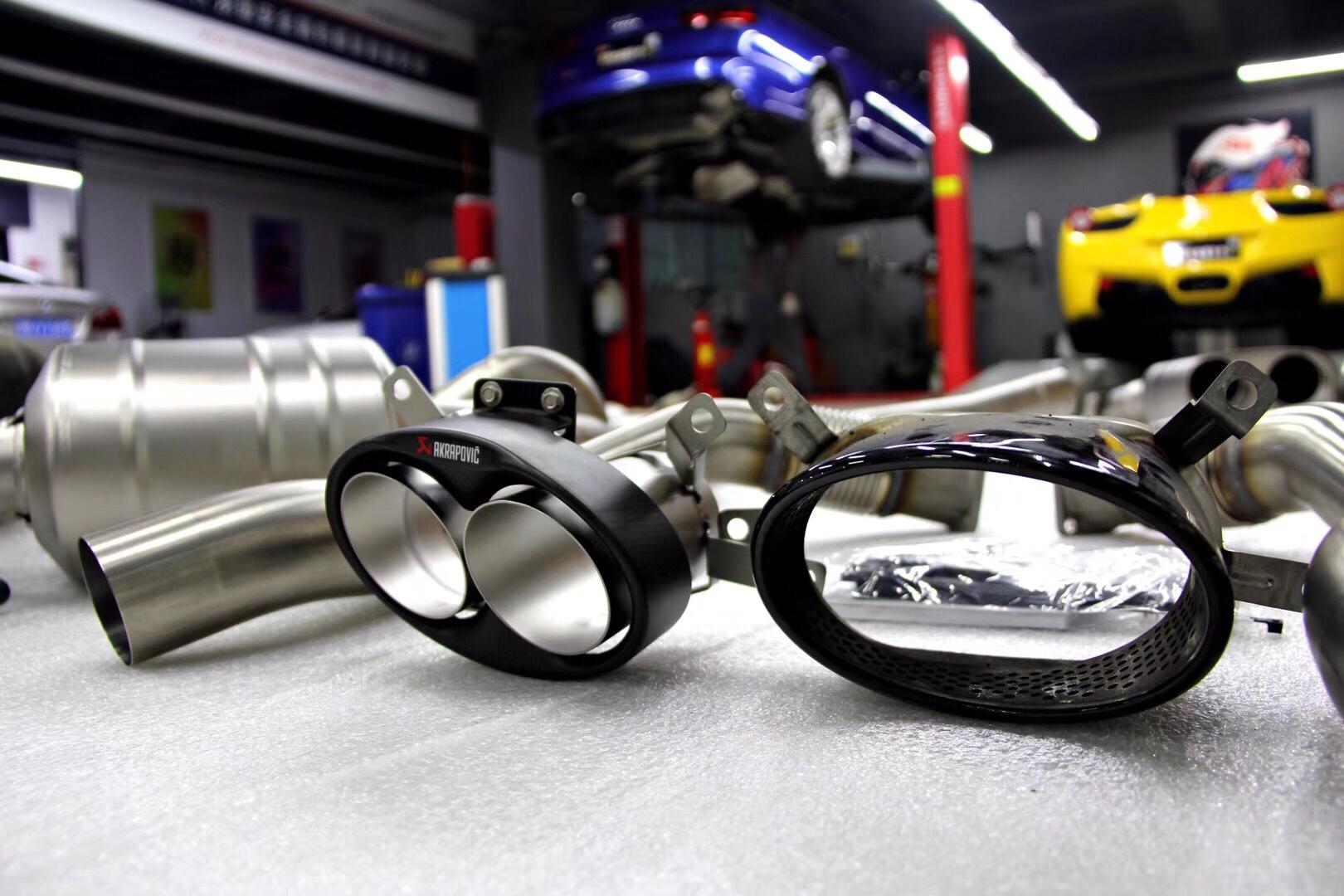 奥迪RS6,AK天蝎钛合金阀门排气,开启全新驾驶乐趣!