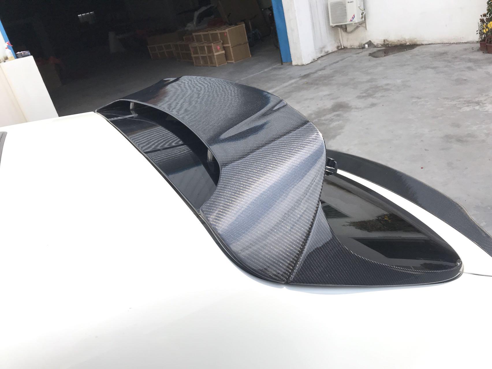 保时捷macan改装PD款大包围 SD款顶翼 Larte款碳纤维中翼