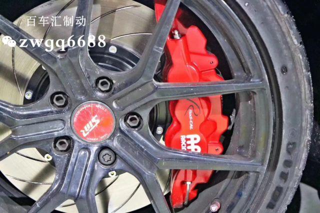宝马3系改装英国AP8520大六红色刹车卡钳
