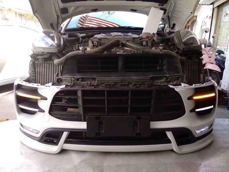 保时捷macan升级改装turbo大嘴前杠总成,泰雅特小包围