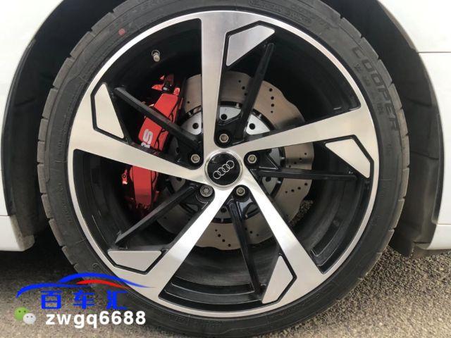 奥迪a5升级RS六活塞刹车,卡钳电镀,不一样的情调!