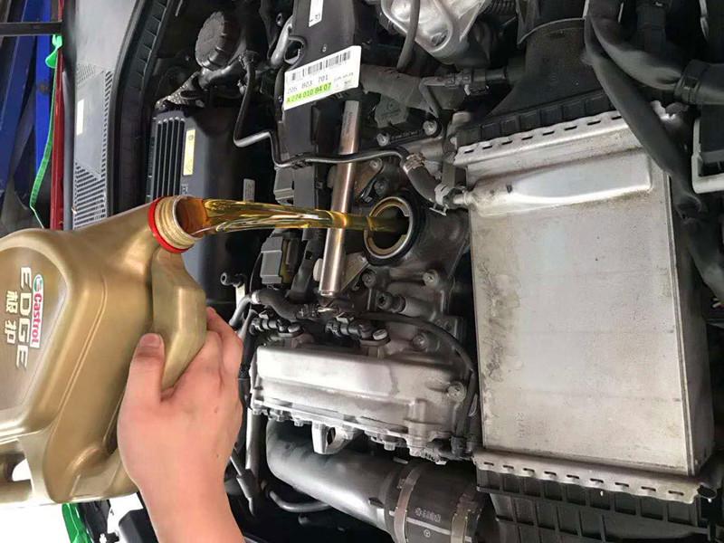 梅赛德斯-奔驰C级轿车系列保养费用