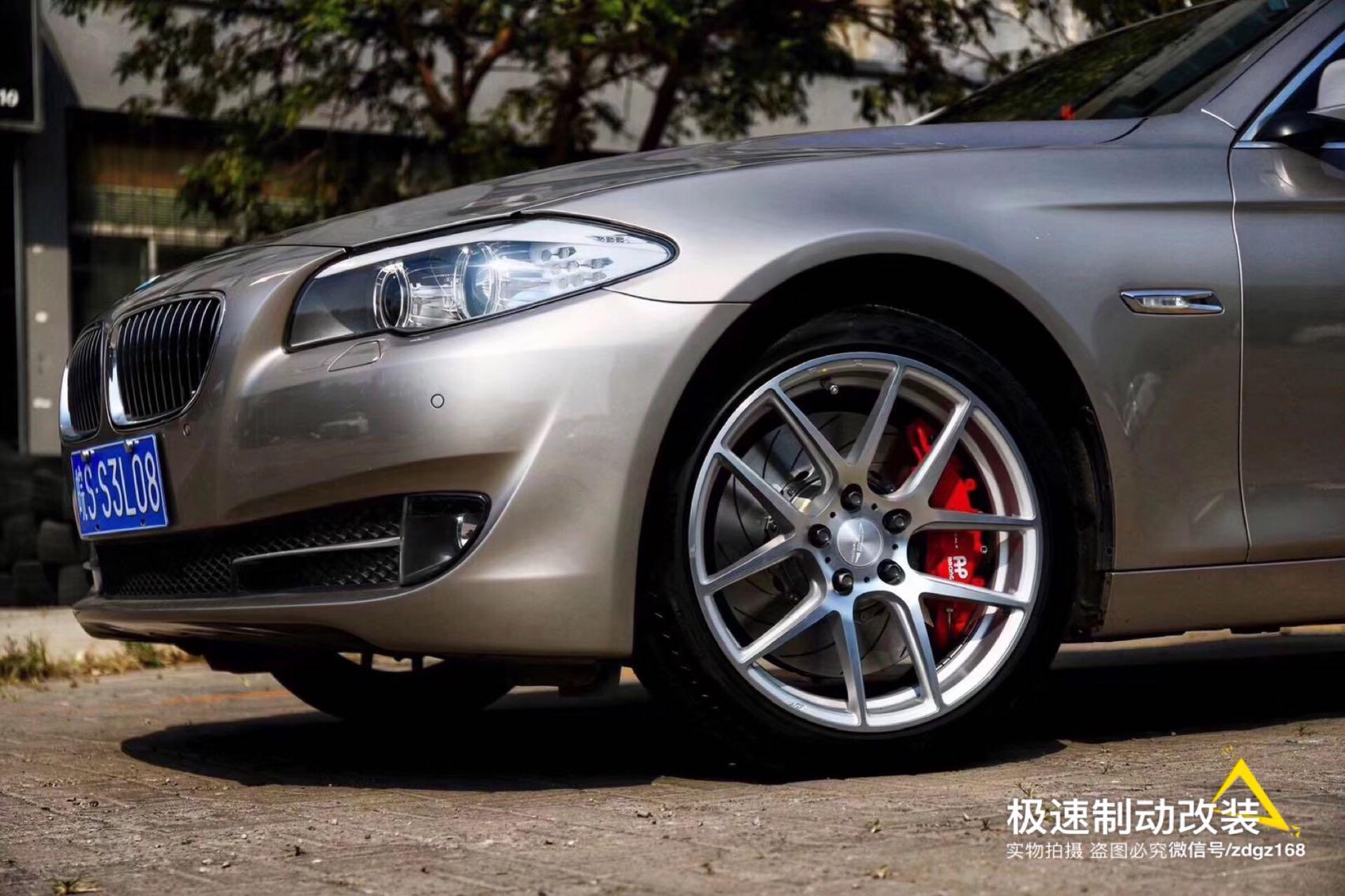 宝马5系刹车升级Ap9560大六活塞 搭配380MM套件,完美装车!