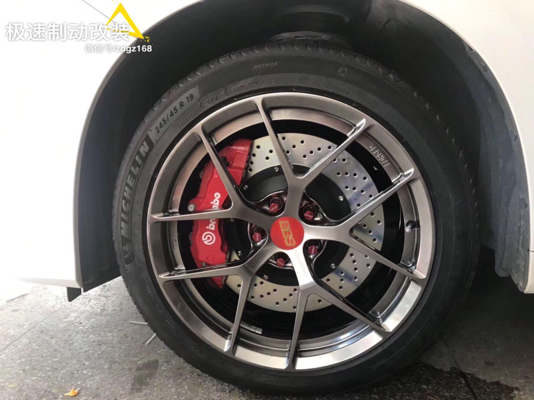 丰田埃尔法升级意大利?? brembo六活塞搭配380刹车盘+BBS轮毂完美安装