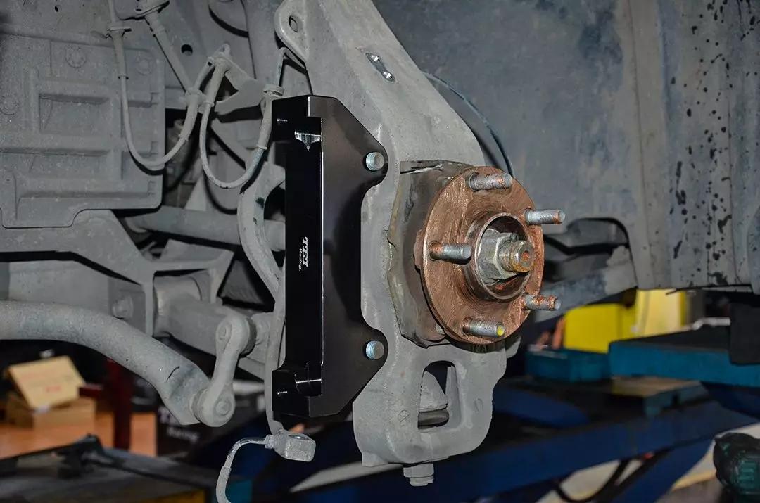 英菲尼迪FX37改装TEI Racing S系列刹车套件